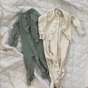 Other - L'oved Baby Button Up Footie Bundle in 3-6 Months